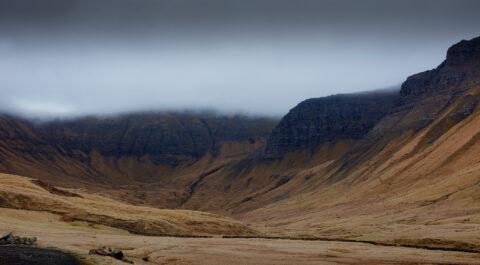 Bjergtåge på Færøerne.